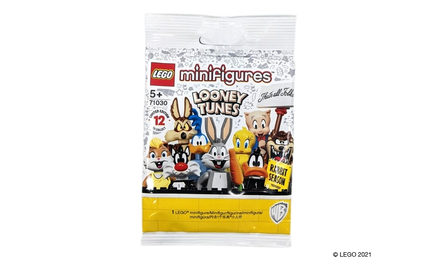 Ena vrečica LEGO minifigur Looney Toons. Na kateri je 9 risanih junakov. Zajček Dolgoušček, racman Tepko, tasmanski Vrag, cestni dirkač in drugi.