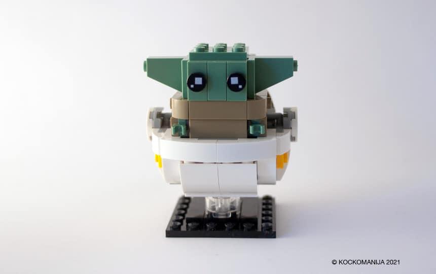 LEGO Brickheadz Baby Yoda v belem vozičku iz LEGO kock
