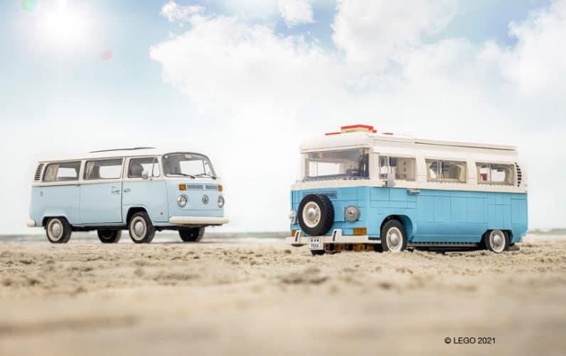 LEGO 10279 Volkswagen T2 Camper Van ob pravem T2