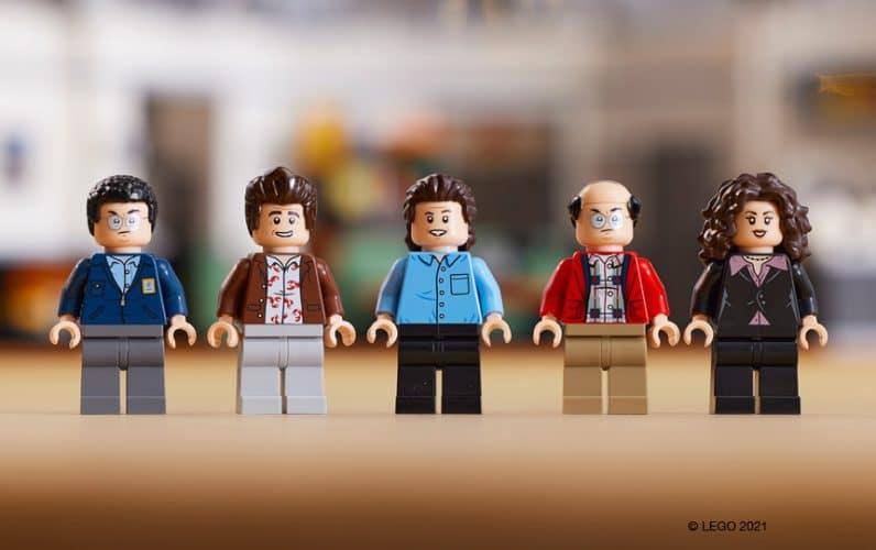 LEGO minifigure Jerry Seinfeld, George Costanza, Cosmo Kramer, Elaine Benes in Newman